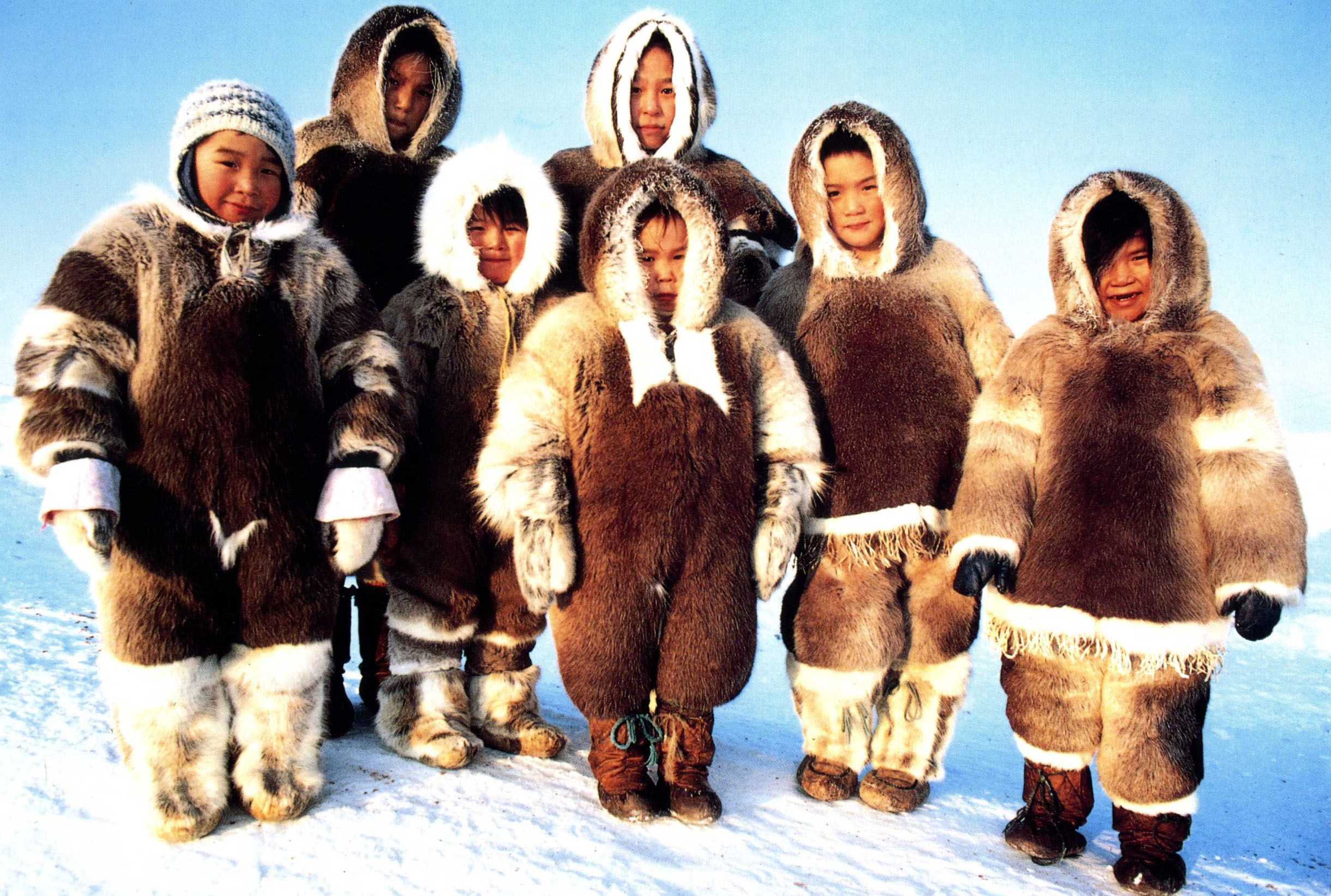 a look at the people of the inuit Here are resources useful in a search for an answer see a guide to harpoons of  the north pacific rim and paleolithic heritage of arctic peoples for more.