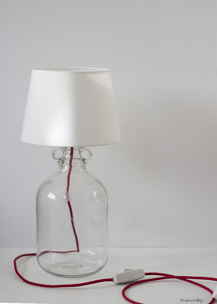 Diy l mpara de mesa con una damajuana diy tutorial - Como hacer una lampara ...