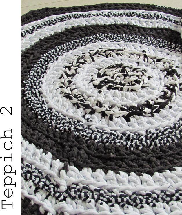 teppich rund 300 individuelle produkte aus der kategorie wohnen leben dawanda teppiche. Black Bedroom Furniture Sets. Home Design Ideas