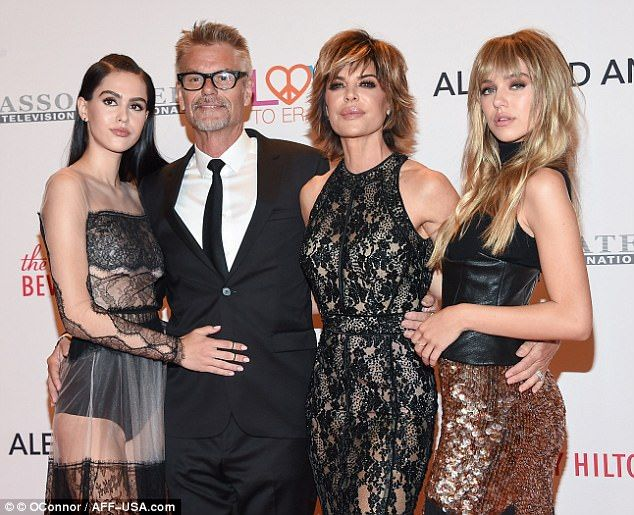 Lisa Rinna and Amelia Hamlin have a mother-daughter shopping
