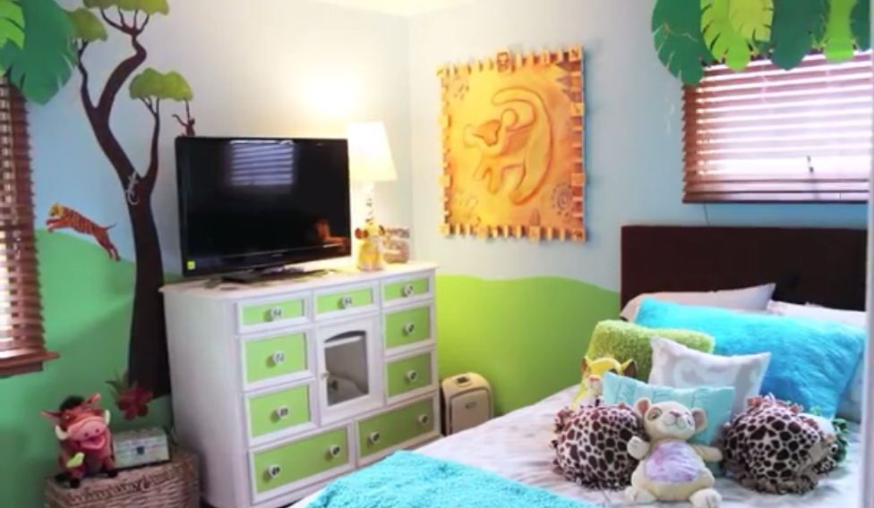 Cute lion king bedroom (With images) | Girl bedroom decor ...