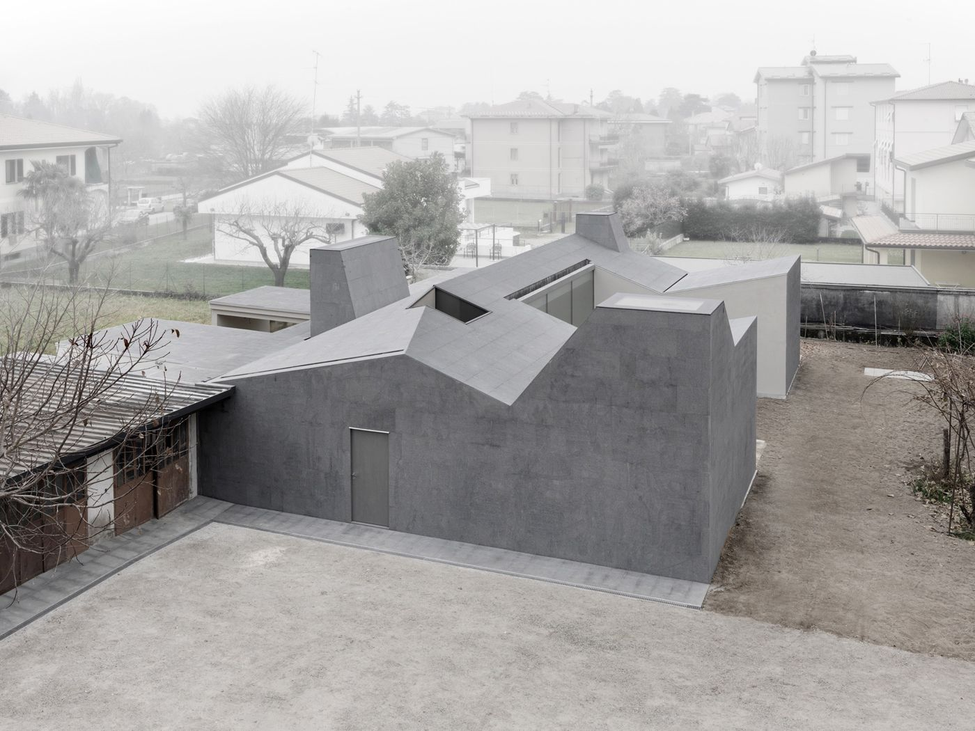 Wiggly House Minimalissimo Architecture Minimalist Architecture Concrete Architecture
