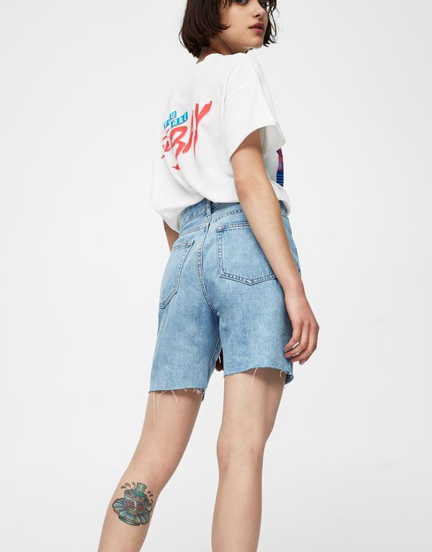 d882a7fffa Mom fit raw edge Bermuda shorts - New - Woman - PULL&BEAR United Kingdom
