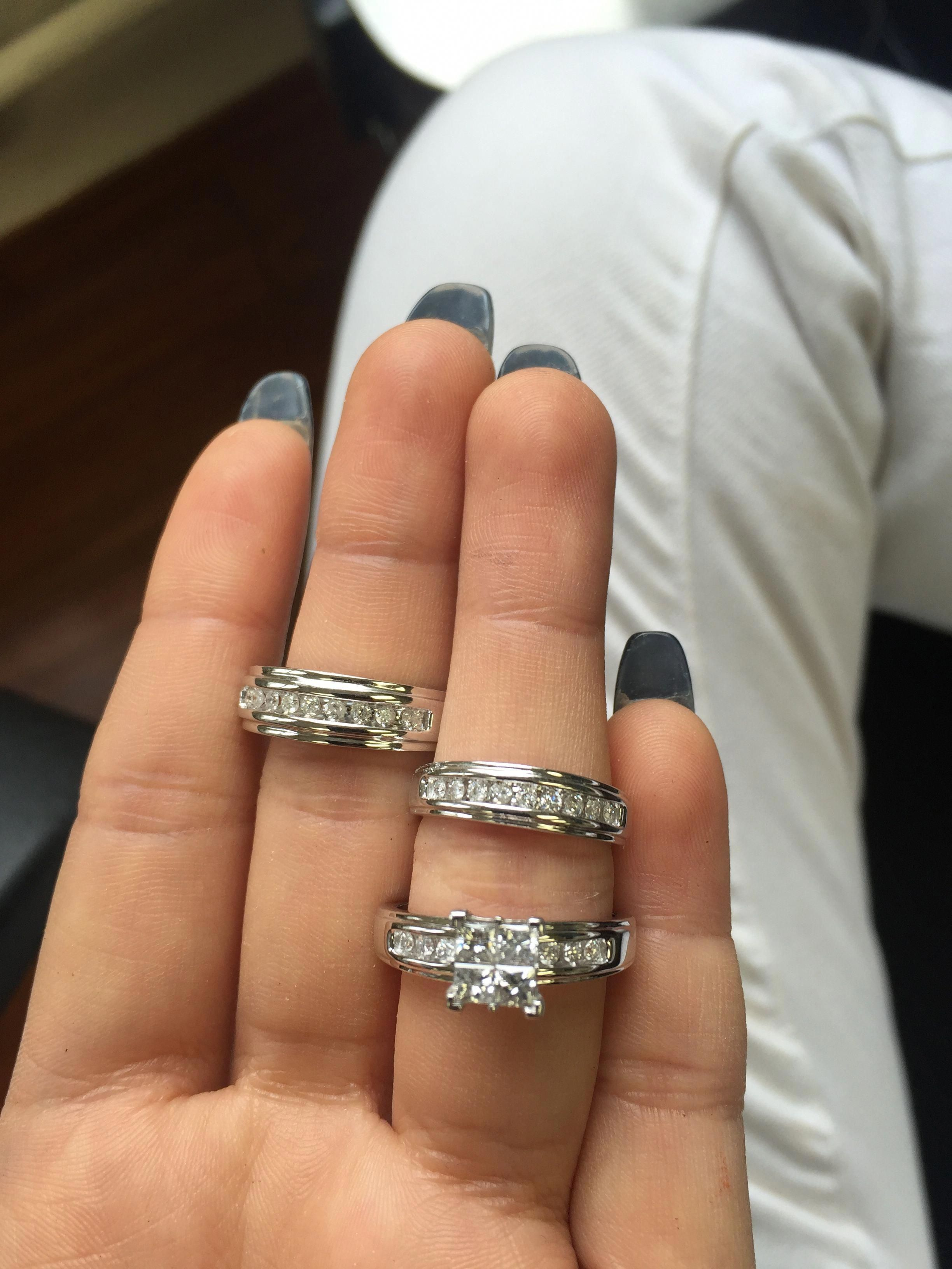 Rings on Hand Trio Ring Set BT515W (Engagement Ring