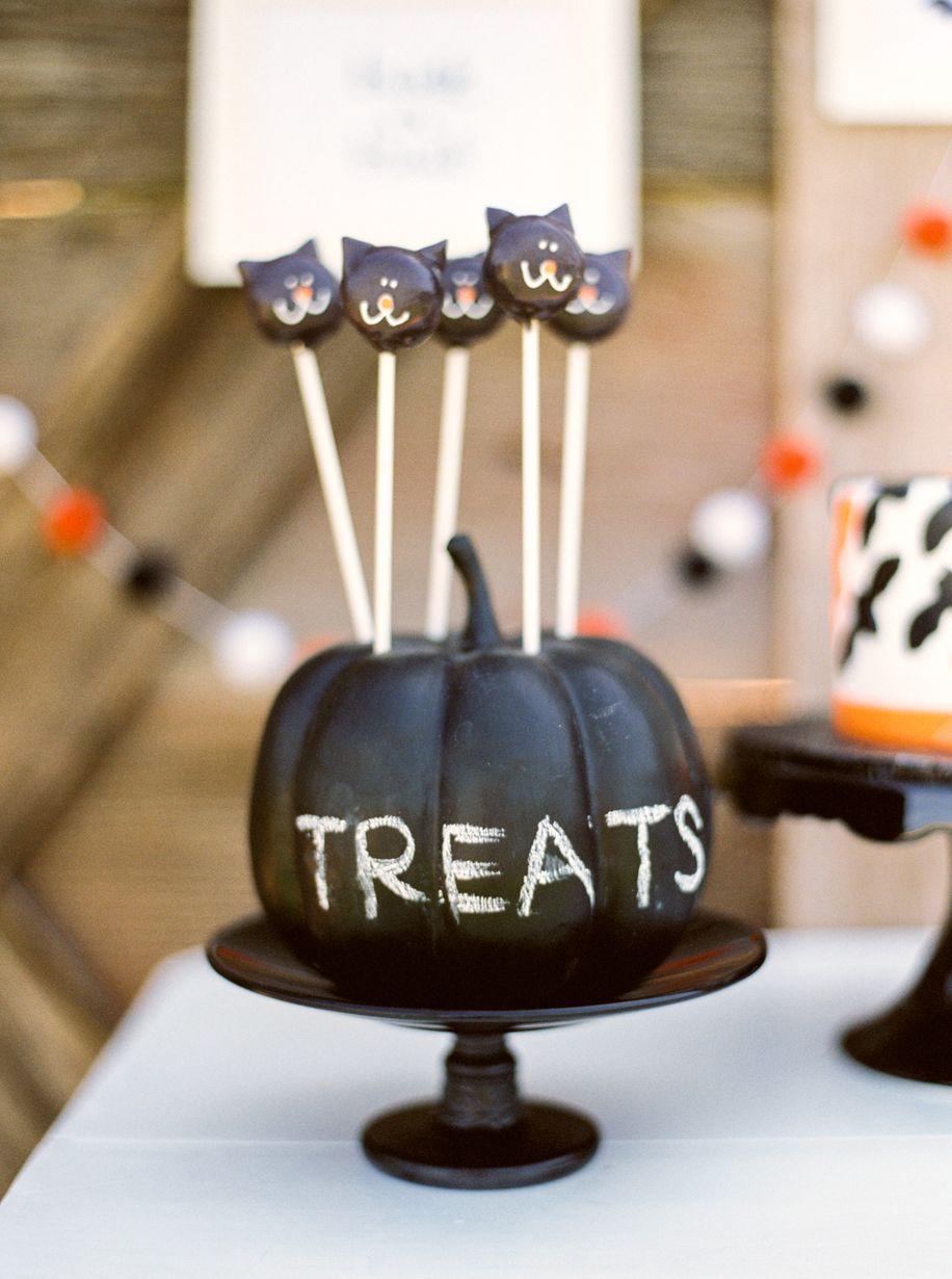 Pumpkin Decorating Party for Kids | Halloween parties