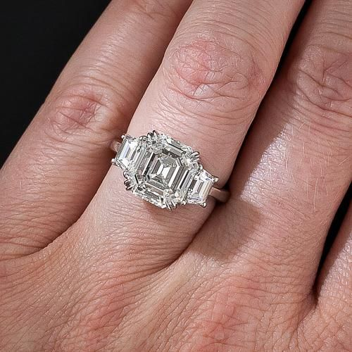 Pin On Baguette Diamonds Ring