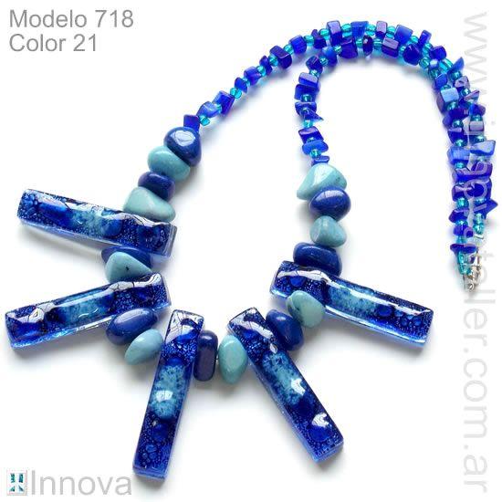 Colgantes, collares de bijouterie 718