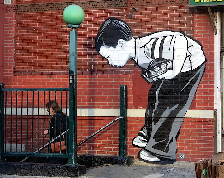 Immagine di http://www.pausacaffeblog.it/wp/wp-content/uploads/2011/12/Joe-Iurato-street-art-Brooklyn-NYC.jpg.