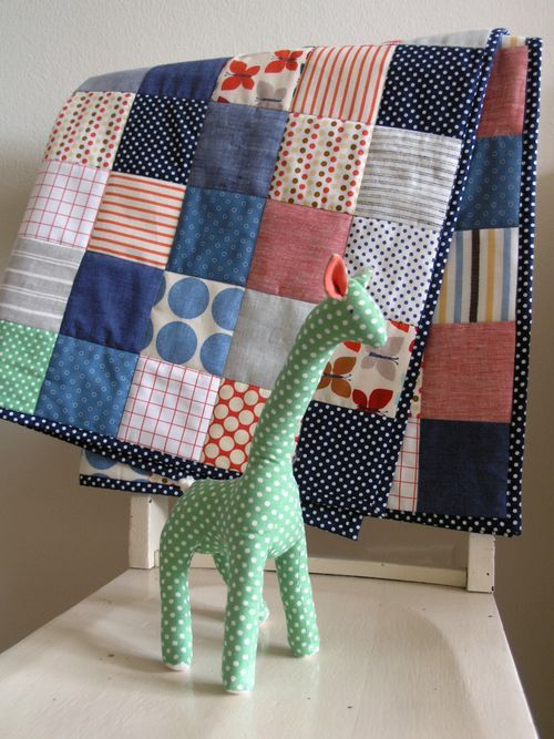 cute easy baby boy quilt. i like the simple squares, on this one