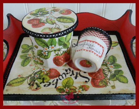 peintures et collage serviettes papiers sur plateau bois et porcelaine la ronde des couleurs. Black Bedroom Furniture Sets. Home Design Ideas