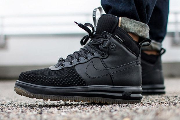 new style c71a6 ee736 The Nike Lunar Force 1 Workboot Will Be A Force During The Colder Months -  SneakerNews.com