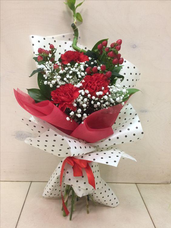 Pin by Татьяна Искра on флористика Valentine flower