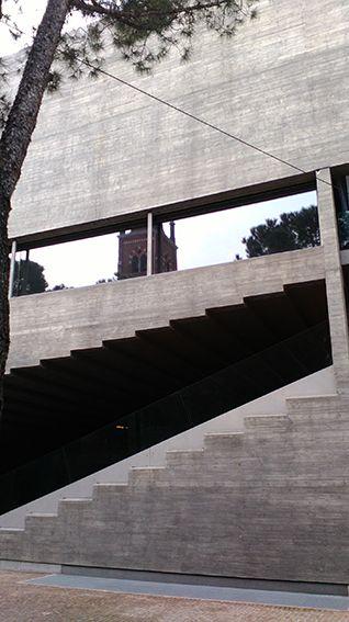Dipartimento di Biotecnologie Molecolari e Scienze per la salute #architecture #concrete #turin