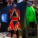 Exposição no V Museum (Londres) homenageia os 50 anos de carreira de David Bowie.