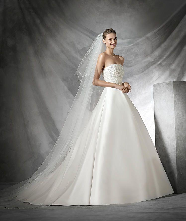 Simple, strapless princess wedding dress in mikado silk. Strapless ...