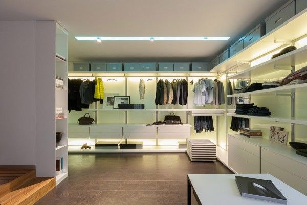 Awesome a colorful modern space for a stylish couple