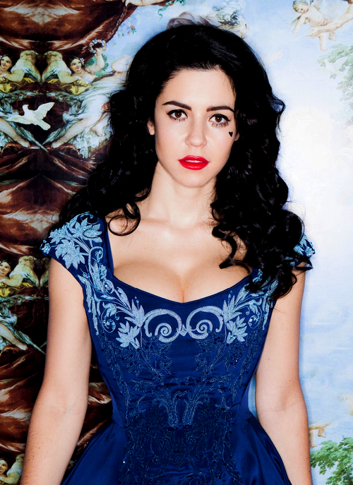 MARINA AND THE DIAMONDS BLUE LACE DRESS on The Hunt