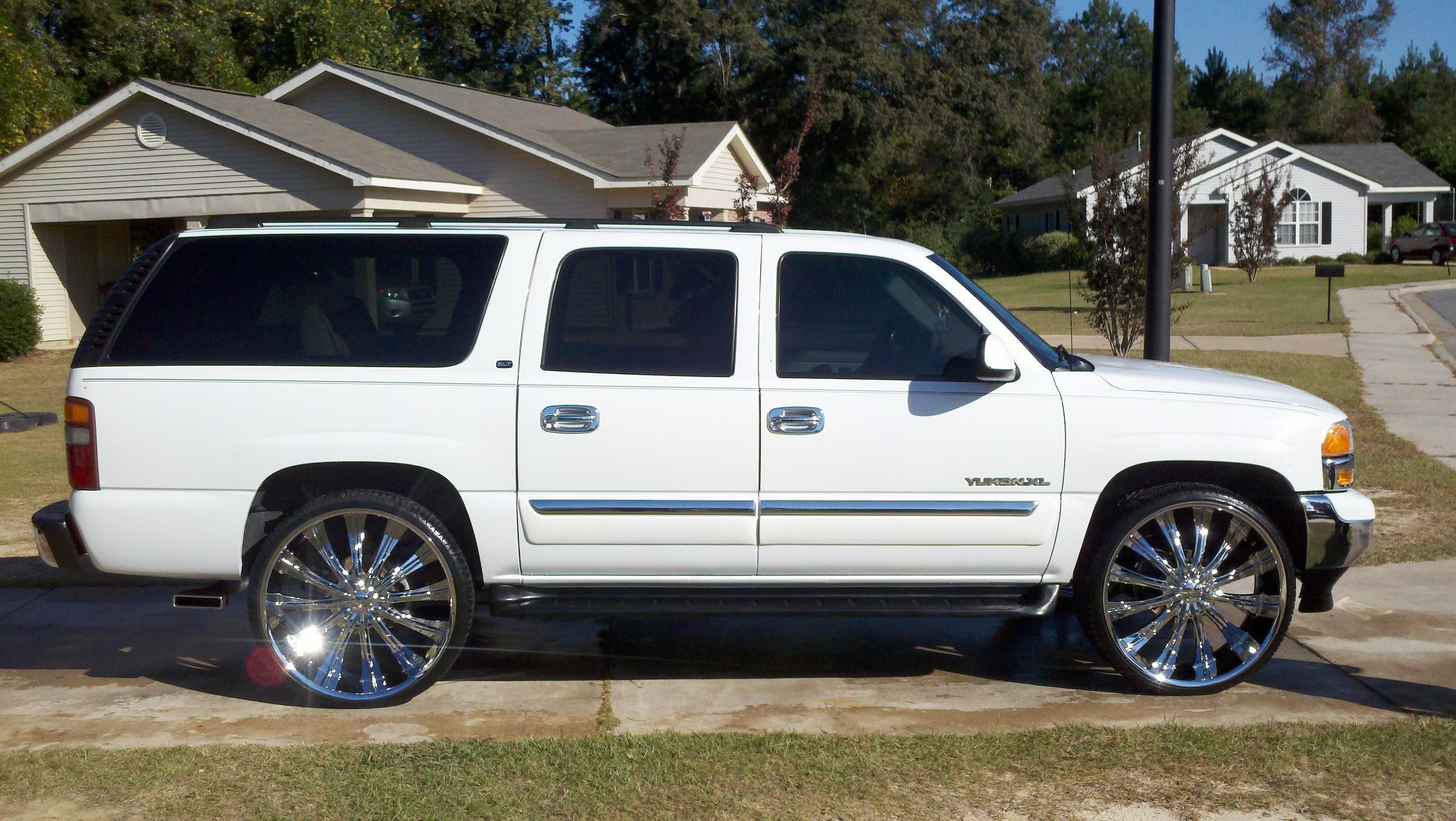 2004 White Custom Yukon Xl Google Search Suv Trucks Gmc Yukon Gmc Yukon Xl