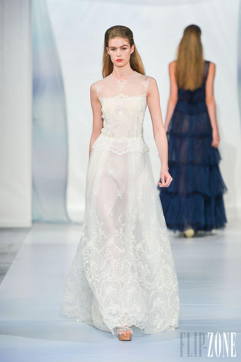 Luisa Beccaria - Ready-to-Wear - Spring-summer 2014 - http://www.flip-zone.net/fashion/ready-to-wear/independant-designers/luisa-beccaria-4180 - ©PixelFormula