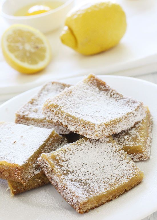 Skinny Honey Lemon Bars - pucker up! These bars are sweet and tangy and lighter than traditional ones.  #weightwatchers