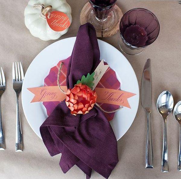 16 Thanksgiving Decor Ideas In Purple Modern Thanksgiving Decor Thanksgiving Table Settings Thanksgiving Table