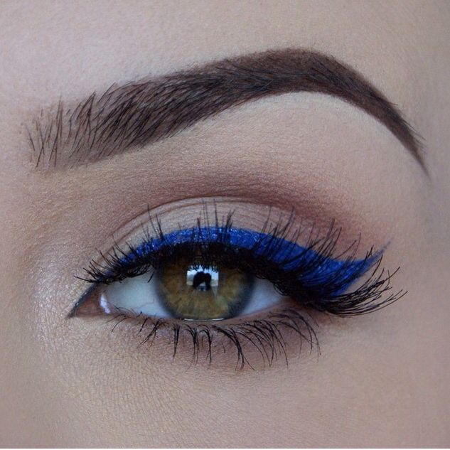 Eye Makeup With A Pop Of Colour Blue Winged Eyeliner Miaumauve
