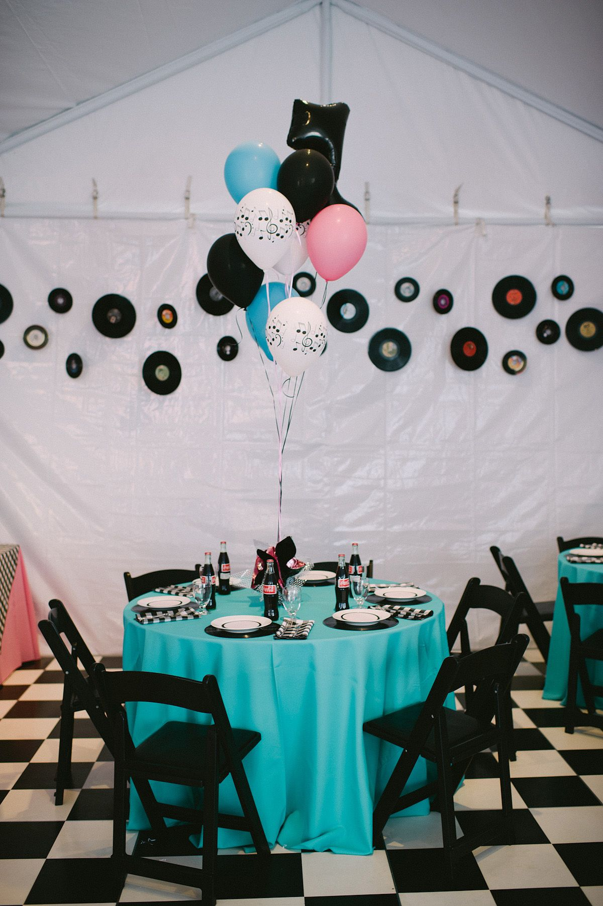 Theme Blue Table Clothes With Ckeckered Ones