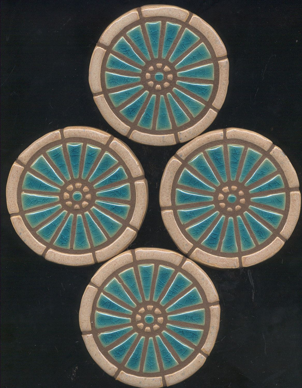 Wagon wheel mosaic art handmade ceramic tile coaster set of 4 wagon wheel mosaic art handmade ceramic tile coaster set of 4 2600 via etsy dailygadgetfo Gallery