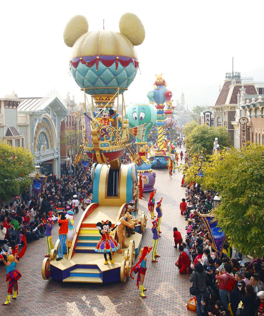 Hong Kong Disneyland Fantasy Land Contains Beauty Castle