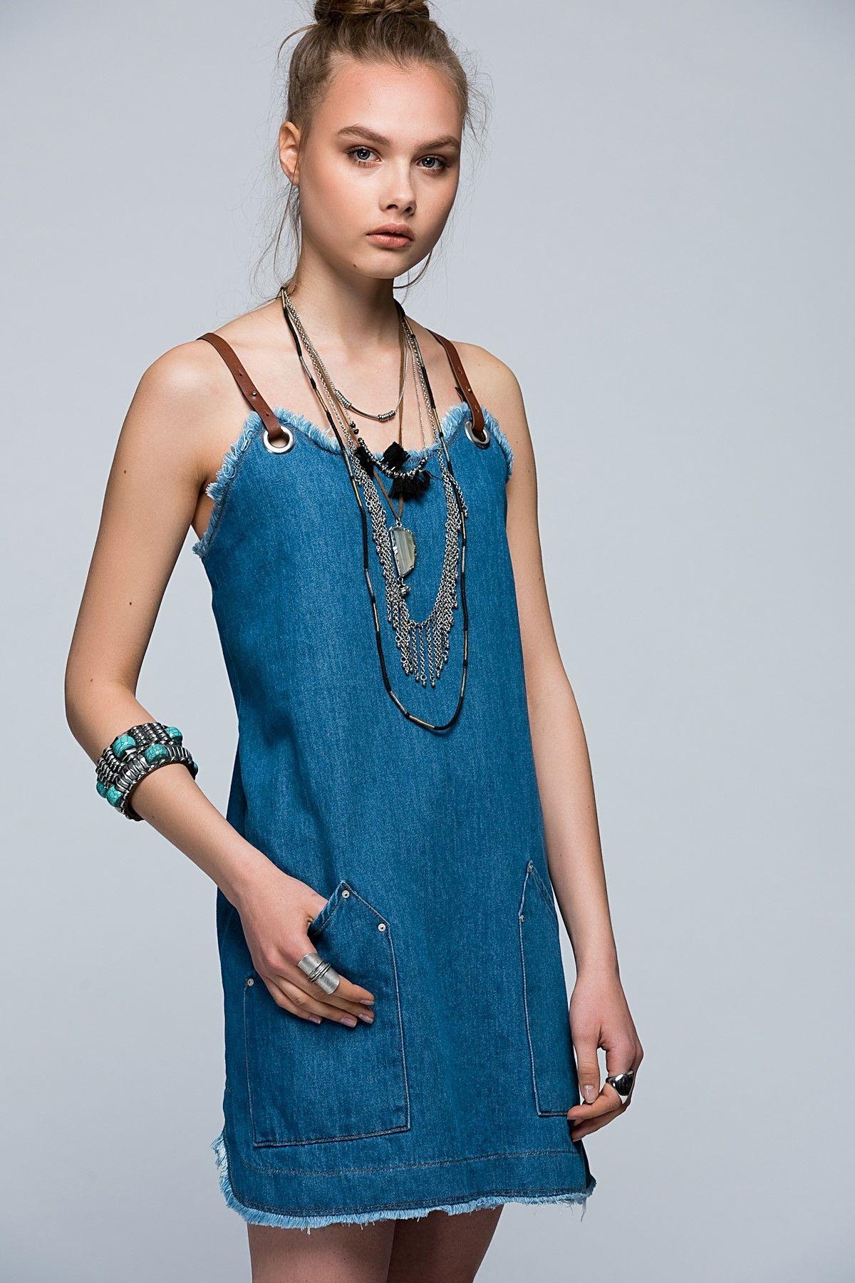 Mavi Deri Askili Denim Elbise 101a09585 Moda Stilleri Elbise Kot Elbiseler