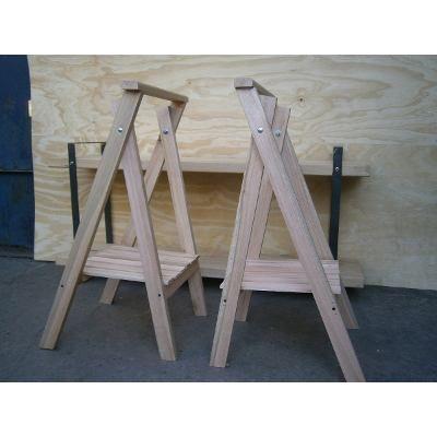 Caballetes de madera con estante de deck 250 00 en - Caballetes de hierro ...