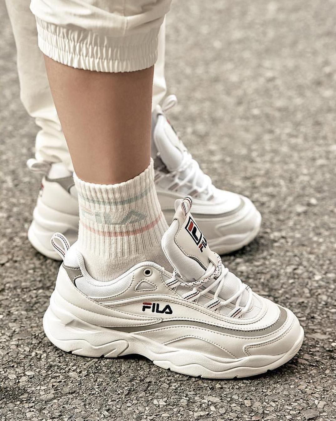 7cba9c1cfbc FILA Ray | Shoes in 2019 | Dad shoes, Sneakers, 90s sneakers