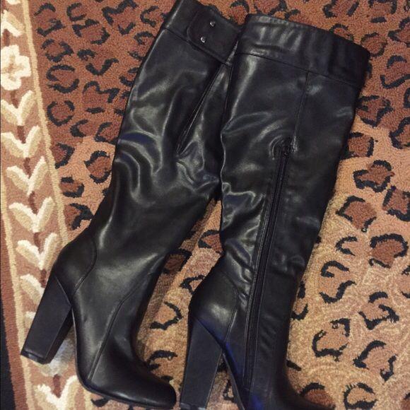 Selling this F21 black knee boots on Poshmark! My username is: fairyofashion. #shopmycloset #poshmark #fashion #shopping #style #forsale #Forever 21 #Shoes