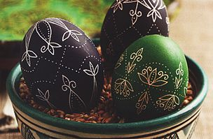hand painted eggs