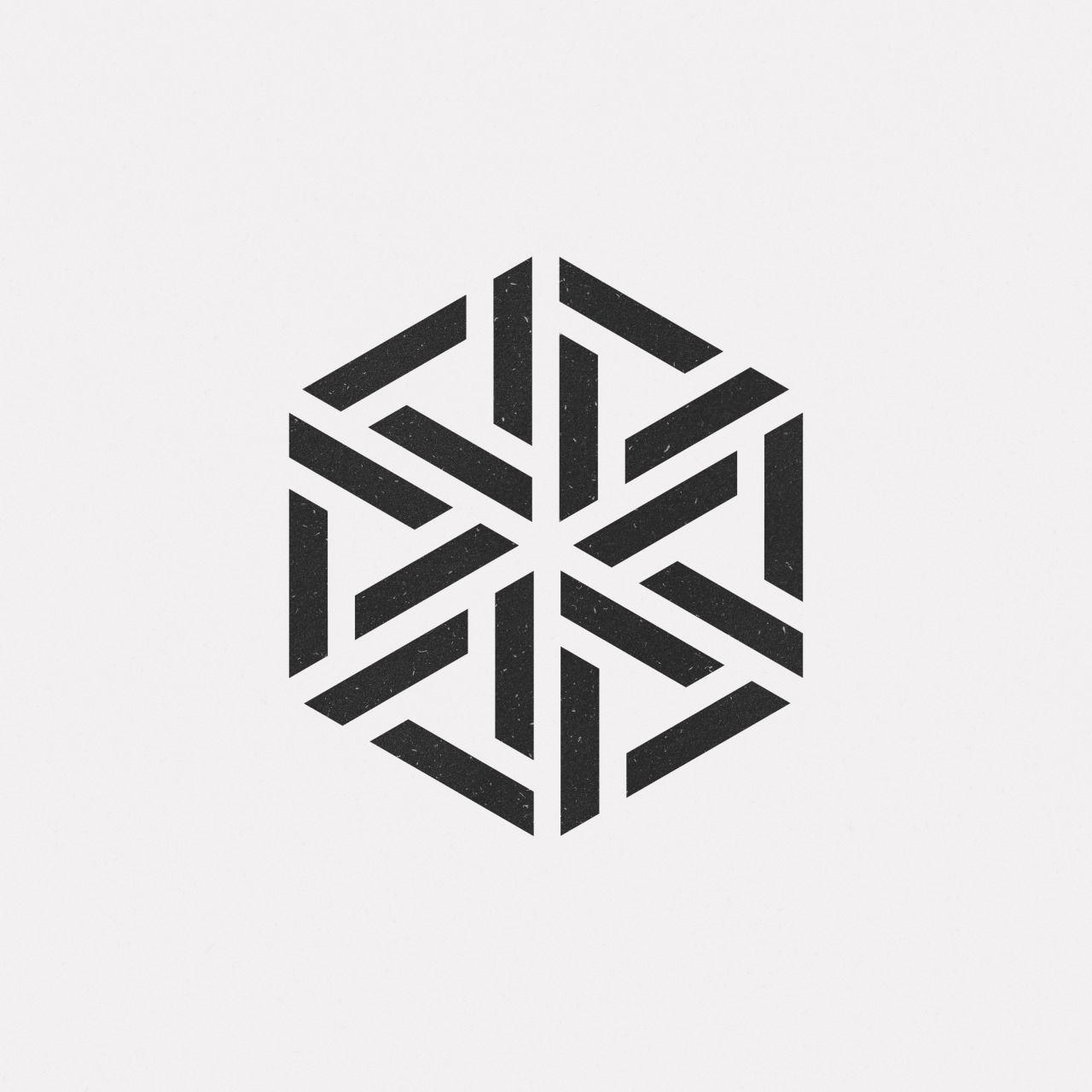 #OC16-732 A new geometric design every day
