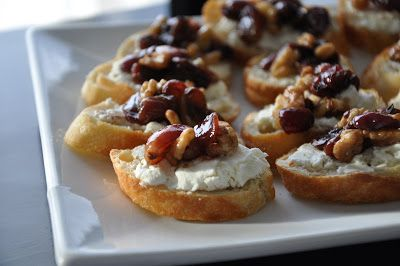 Kate's Plate: Signora DiVinici: Grape and Olive Compote