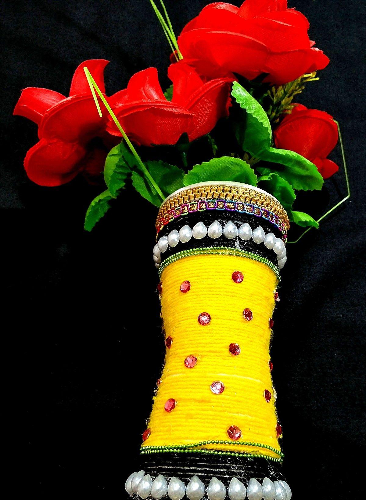 Flower Disposal Craft Flowers Vase Pot Making Guldasta Banane Ka Tarika Home Decorating Diy Flower Vases Crafts Diy Decor