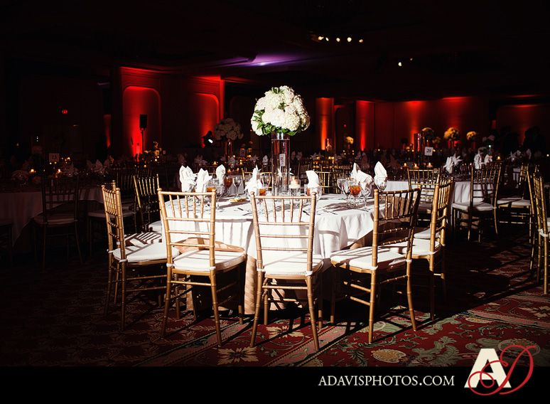 beautiful wedding reception tablescapes