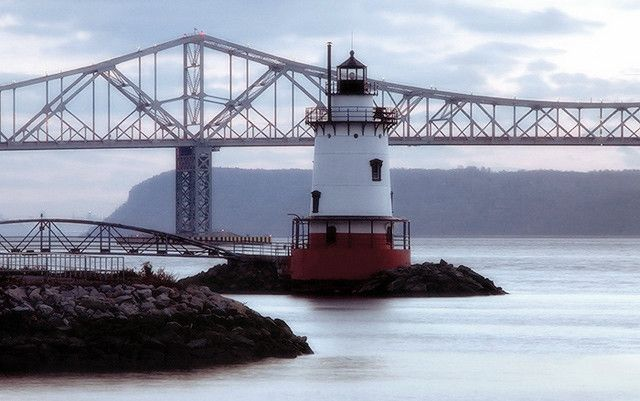 Tarrytown Light, Tarrytown, New York (Hudson River)