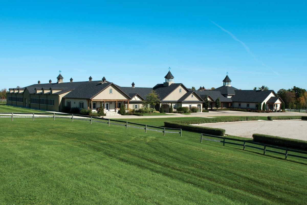 Kings Grant Farm Exterior Luxury Horse Barns Beautiful Horse Barns Luxury Horse Stables
