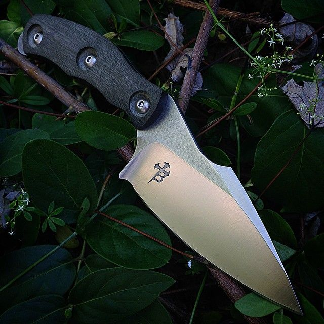 Borka Blades SB1 in M390 blade steel with Thick Micarta scales