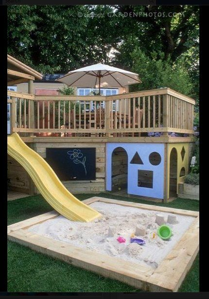 Play area house below the deck love the slide off the for Jardin infantil serrano 78