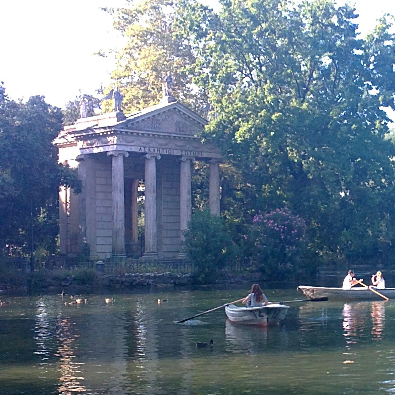 Le temple à Esculape (imitation dun temple antique) dans le ...