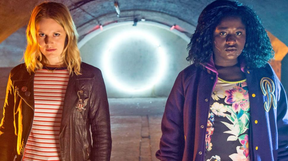 CRAZYHEAD on Netflix Is the Best New Show You're Not