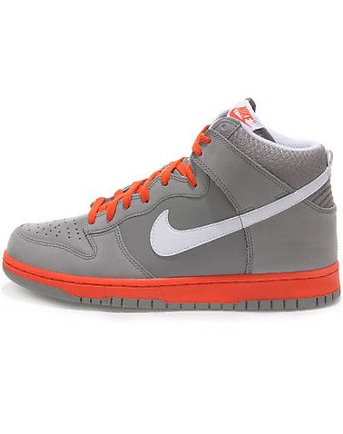 cd652b02fdb93 NIKE Perforated toe box and sides Nike Swoosh on sides Lace up Contrasting  colors