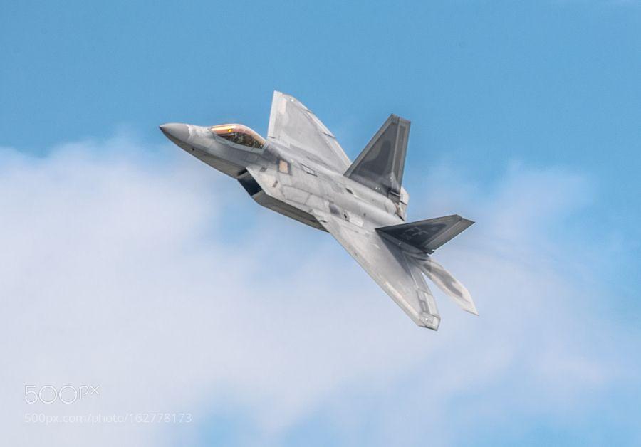 USAF F22 Raptor by IanTilden