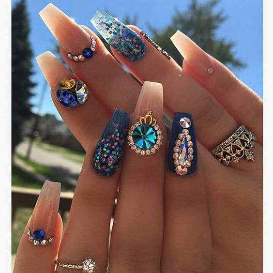 Summer Nail Art Designs 2017 Rhinestones Coffin Pearl Diamonds Jewels Gems French Unas Fashion Unas Piedreria Unas Estilo Sinaloa