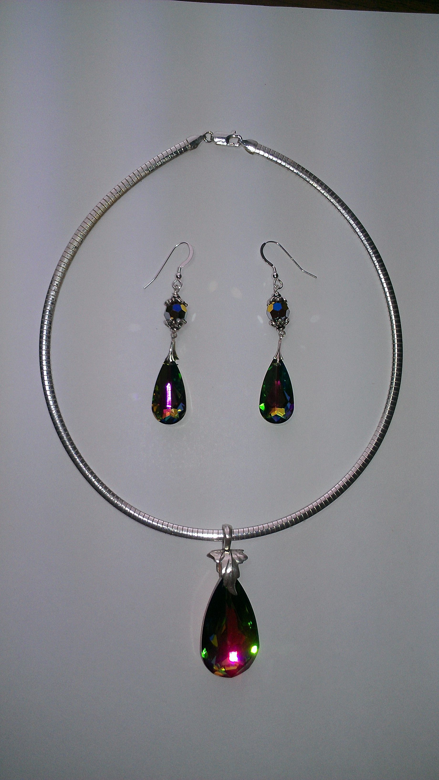 Swarovski light vitral pendant and earring set toad in the hole