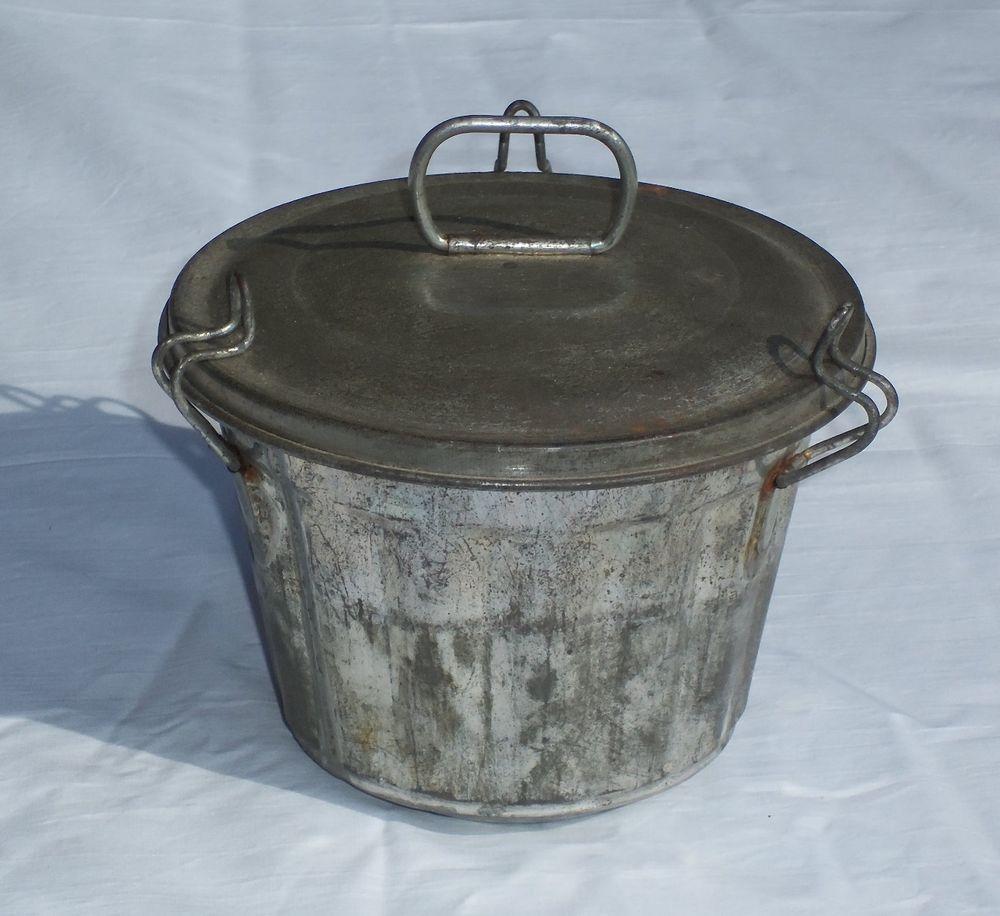Vintage Plum Pudding Mold Tin Antique Metal Ware Decorative Arts Primitive