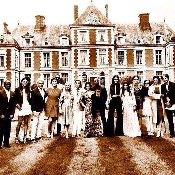 Kardashian/Jenner family with Kim & Kanye at the Valentino estate